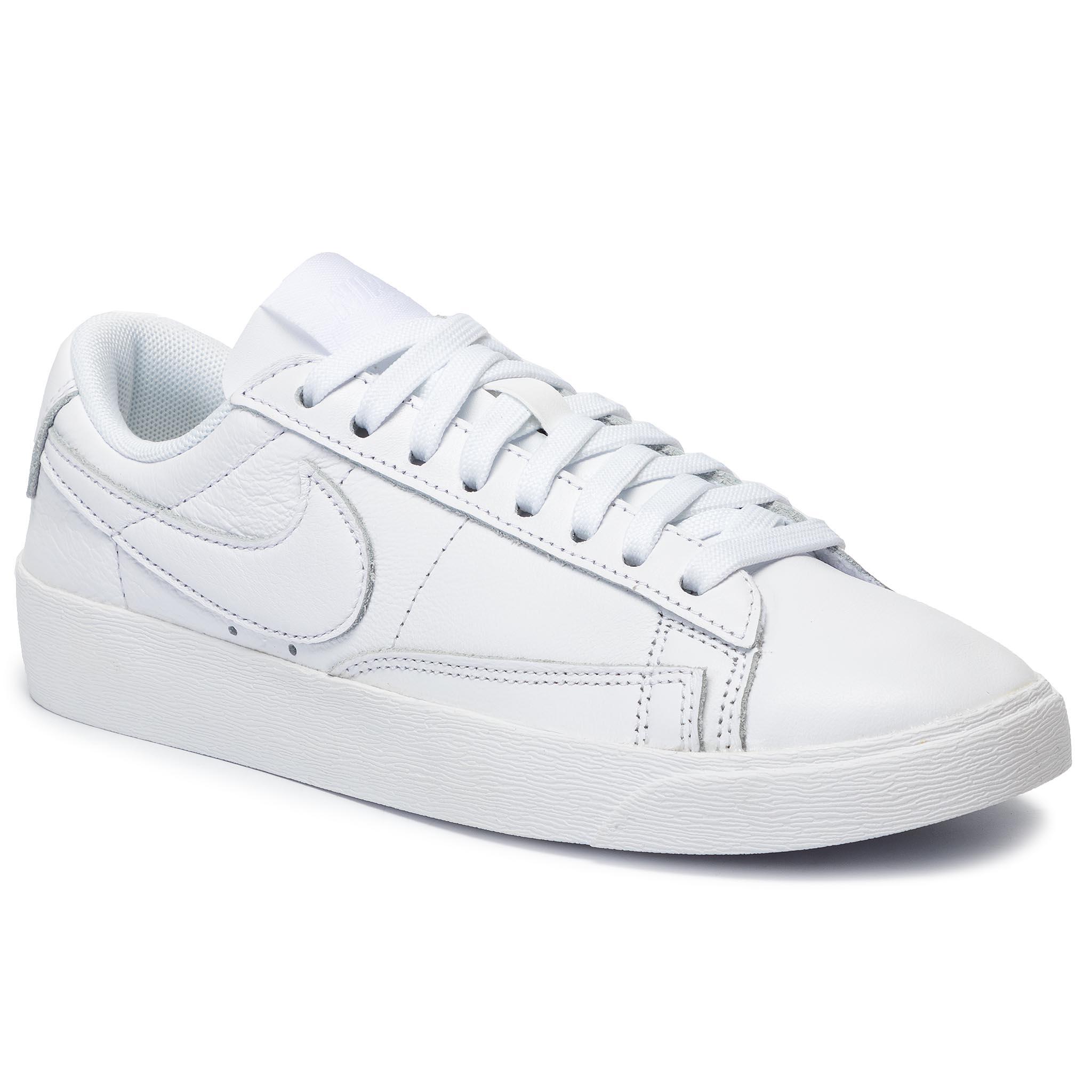 watch 8178d b029c Shoes NIKE - Blazer Low Le AV9370 102 White/Laser Fuchsia ...