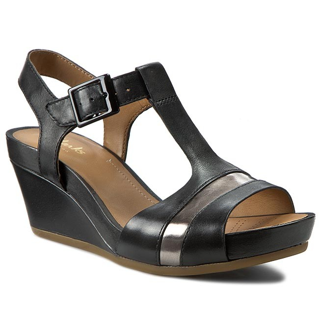 739755897 Sandals CLARKS - Rusty Rebel 261157804 Black Leather - Casual ...