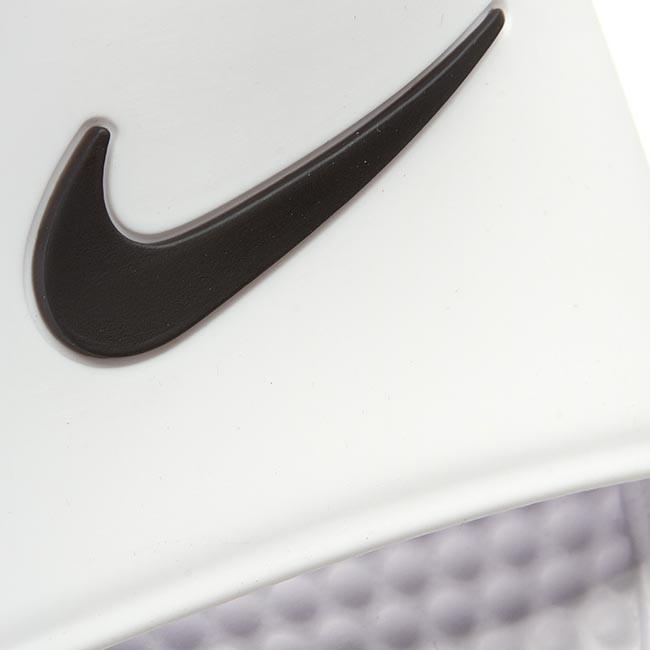 running chaussures new balance - Slides NIKE - Benassi Shower Slide 819024 100 White/Black - Slides ...