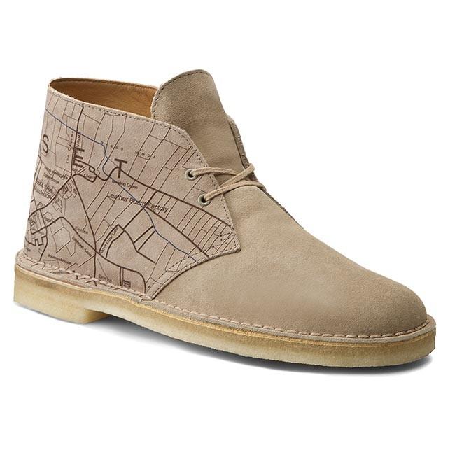 Boots CLARKS - Desert Boot 261181647 Sand Interest