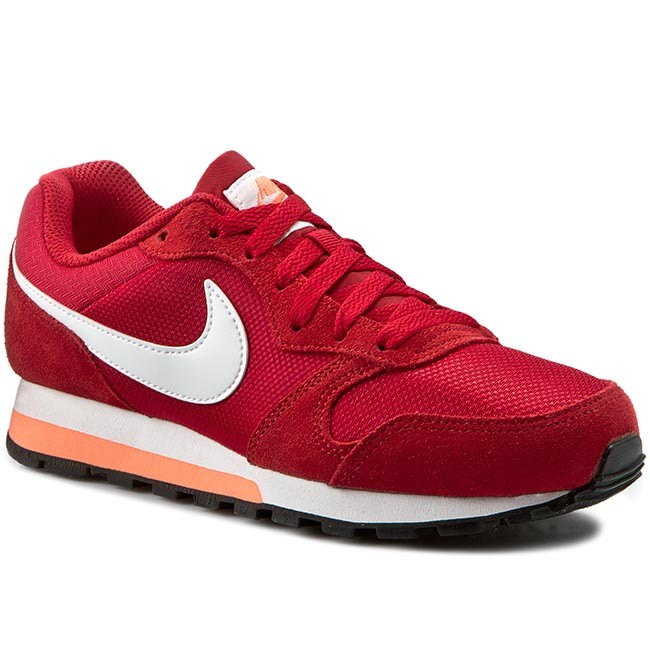 Nike Roshe Une Salle De Gym Rouge Coureurs De Table En Noir Et Blanc