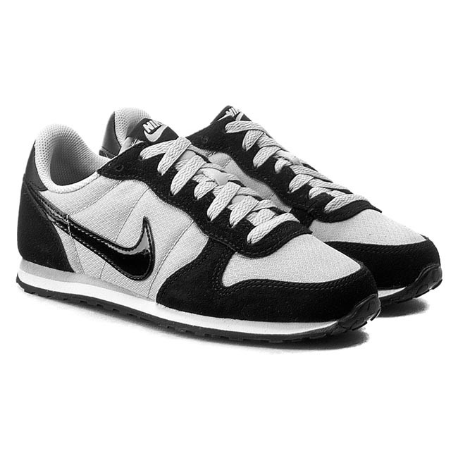 nadie Silicio capitalismo  Shoes NIKE - Genicco 644451 002 Wolf Grey/Black/White - Flats - Low shoes -  Women's shoes | efootwear.eu