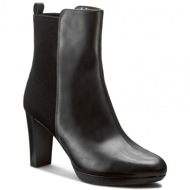 Boots CLARKS - Kendra Porter 261188394 Black Leather