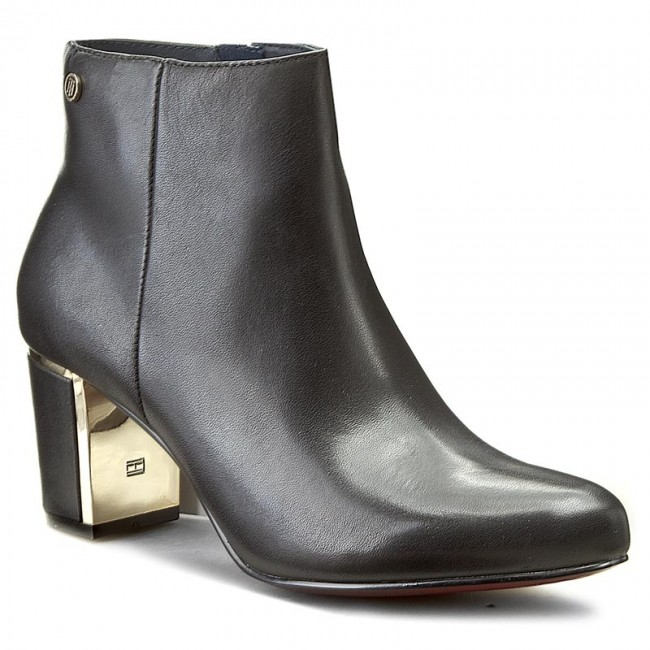 27655fa6dd0 Boots TOMMY HILFIGER - Leather Bootie Hg 1A FW56821607 Black 990 ...