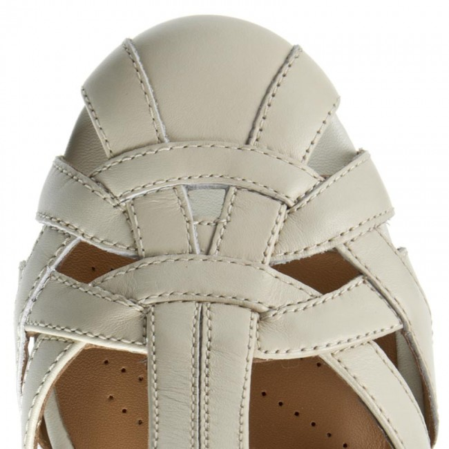 4d0992c760cf9 Sandals CLARKS - Henderson Luck 261174724 Off White Leather - Casual sandals  - Sandals - Mules and sandals - Women s shoes - www.efootwear.eu