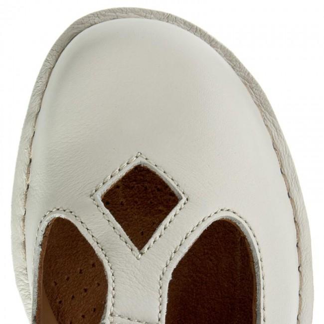 2bc6873324da Shoes CLARKS - Tustin Talent 261156245 Off White Lea - Flats - Low shoes -  Women s shoes - www.efootwear.eu