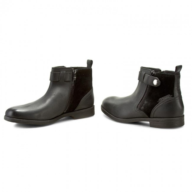 Boots CLARKS - Brocton Mid 261193467 Black Leather