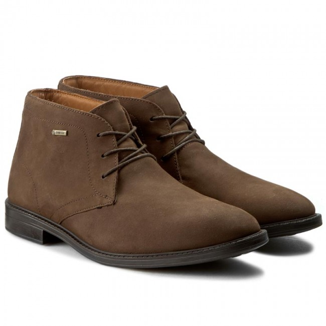 ae22cd7f6a906 Boots CLARKS - Chilver Hi GTX GORE-TEX 261125007065 Dark Brown Nub - Boots  - High boots and others - Men's shoes - efootwear.eu