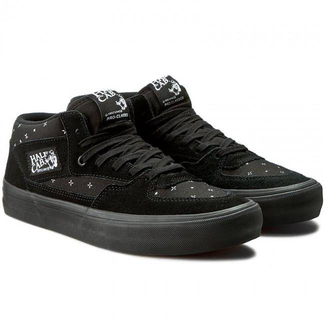4538be252e4 ... a5cbb 2f533 Sneakers VANS - Half Cab Pro VN000VFDK1I (Bandana) Blackout  - Sneakers ...