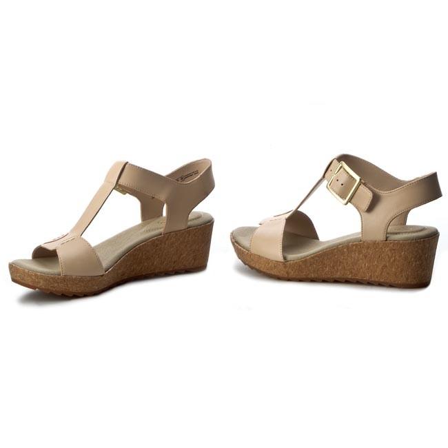 c716d4938fa Sandals CLARKS - Kamara Kiki 261229044 Nude Leather - Casual sandals ...