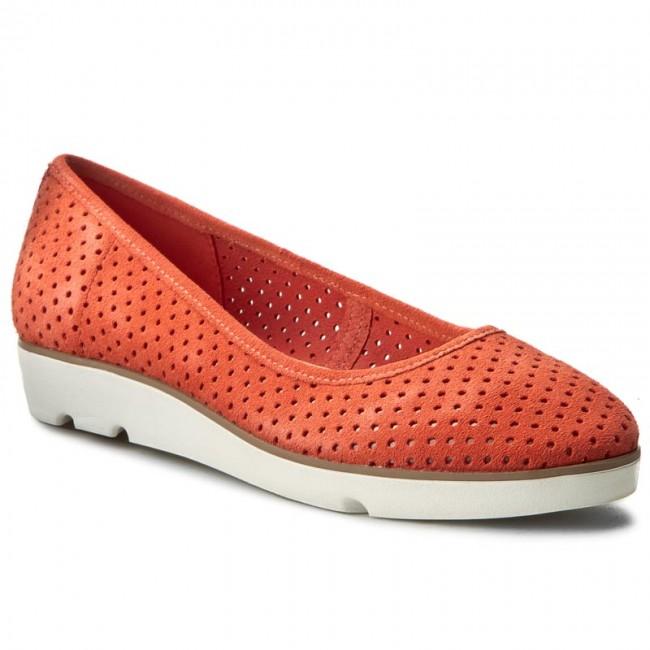 Shoes CLARKS - Evie Buzz 261238644 Coral Suede
