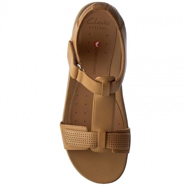 bcf96390d81 Sandals CLARKS - Un Haywood 261240694 Light Tan Leather - Casual sandals -  Sandals - Mules and sandals - Women s shoes - www.efootwear.eu