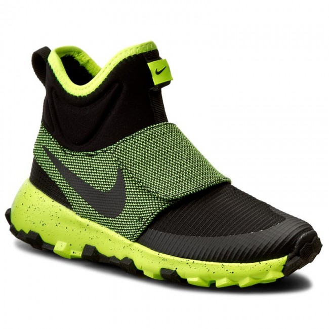 the best attitude 3db7f a5d7f Shoes NIKE - Roshe Mid Winter Stamina 859621 002 BlackBlackVolt