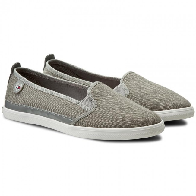 27bfbe79afb Plimsolls TOMMY HILFIGER - Keira Hg 2D1 FW0FW00342 Light Grey FW0FW00342 -  Sneakers - Low shoes - Women s shoes - www.efootwear.eu