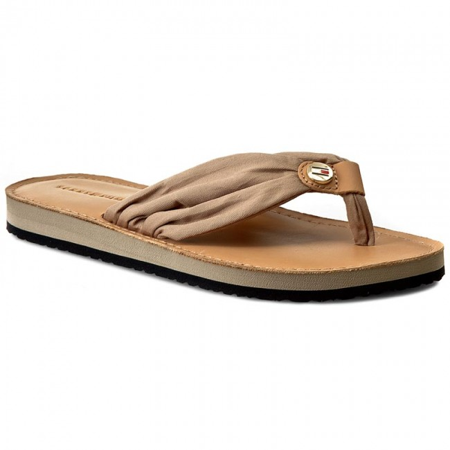d17d05b7e2f79 Slides TOMMY HILFIGER. Leather Footbed Beach Sandal FW0FW00475 Cobblestone  068