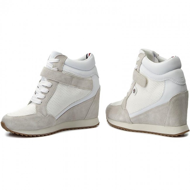 684d77e1ef955 Sneakersy TOMMY HILFIGER - Running Wedge 1C3 FW0FW00874 White 100 ...