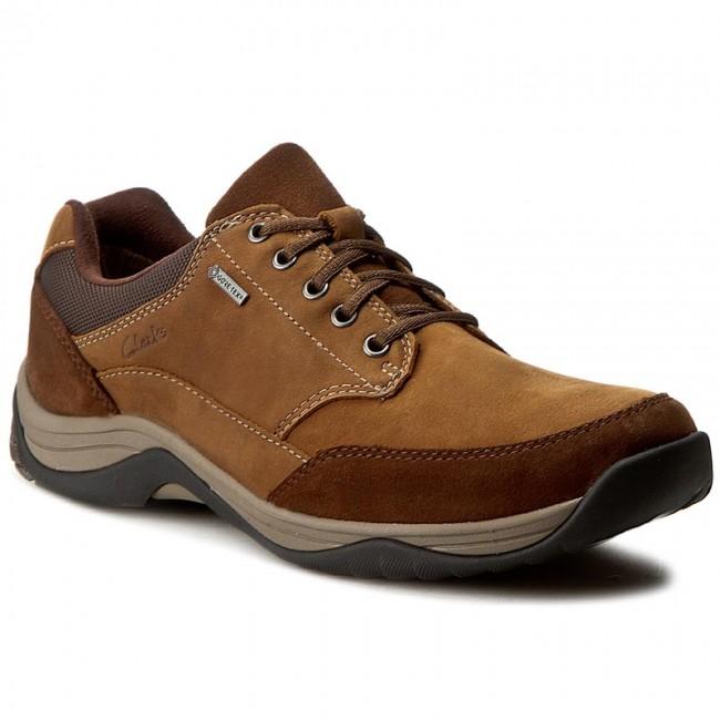 48cb469d5f9ac Shoes CLARKS - Baystonego Gtx GORE-TEX 261192857 Tobacco Nubuck ...