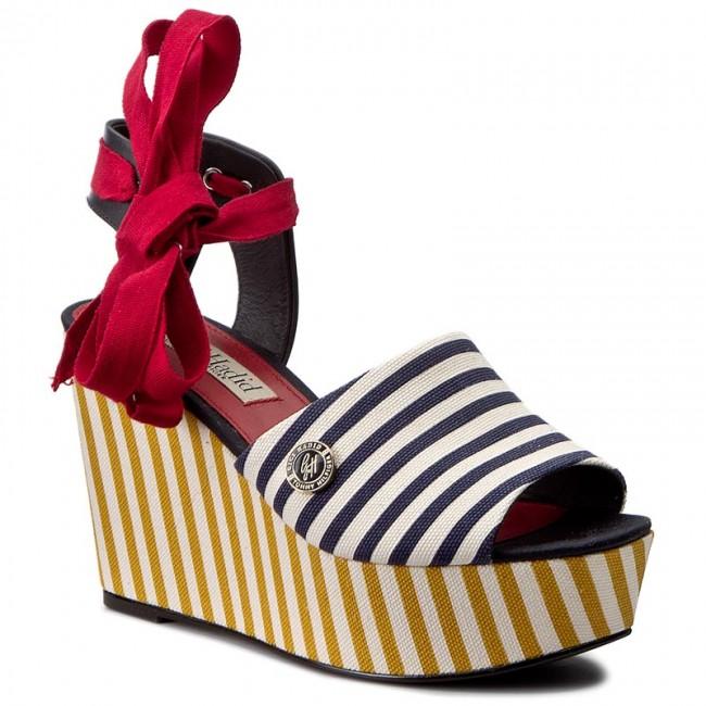 6feaa0d59850fa Sandals TOMMY HILFIGER - Gigi Hadid Stripey Wedge FW0FW01103 Rwb 020 ...