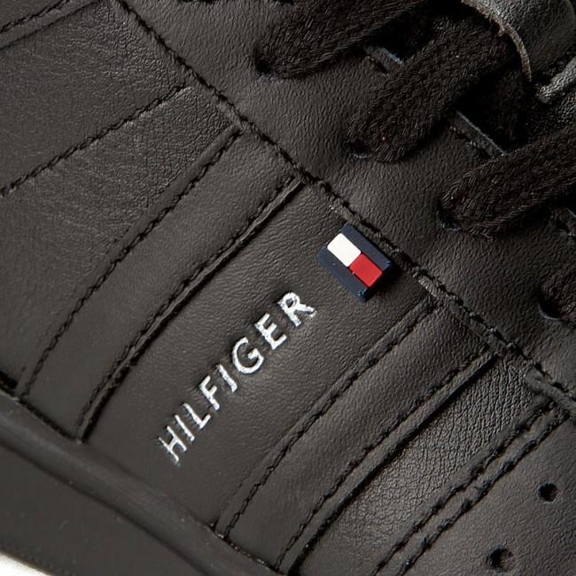 54d675295224a4 Boots TOMMY HILFIGER - Zero Jr 4A FB56821766 Black 990 - Boots ...