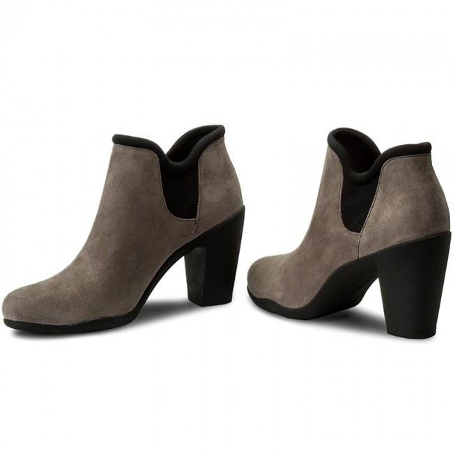 b92414d8460 Boots CLARKS - Adya Bella 261294724 Dark Grey Suede - Boots - High ...