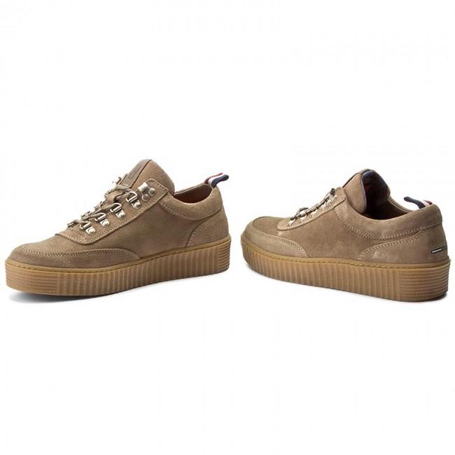 514ce4cf0f6596 Shoes TOMMY HILFIGER - DENIM Kenneth 1B FM0FM00792 Timber Wolf 248 ...
