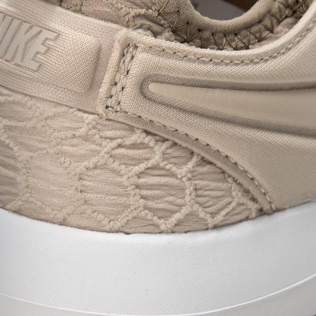 53d815c0a491 Shoes NIKE - W Roshe Two Se 881188 100 Oatmeal Oatmeal Khaki White ...