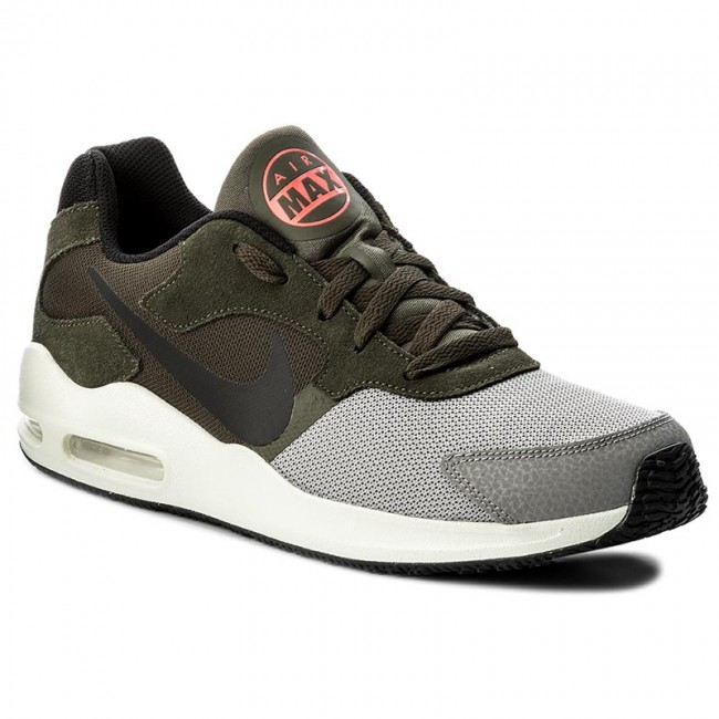 huge discount 3bd90 1f495 Shoes NIKE. Air Max Guile 916768 ...