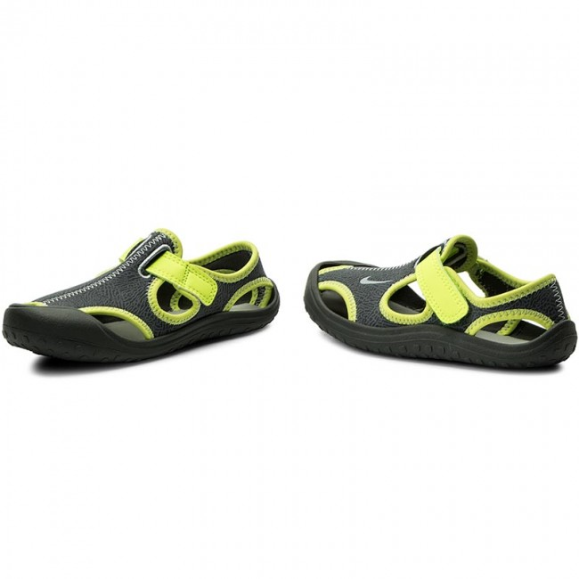 f24d8ad095e Sandals NIKE - Sunray Protect (PS) 903631 002 Dark Grey Wolf Grey ...