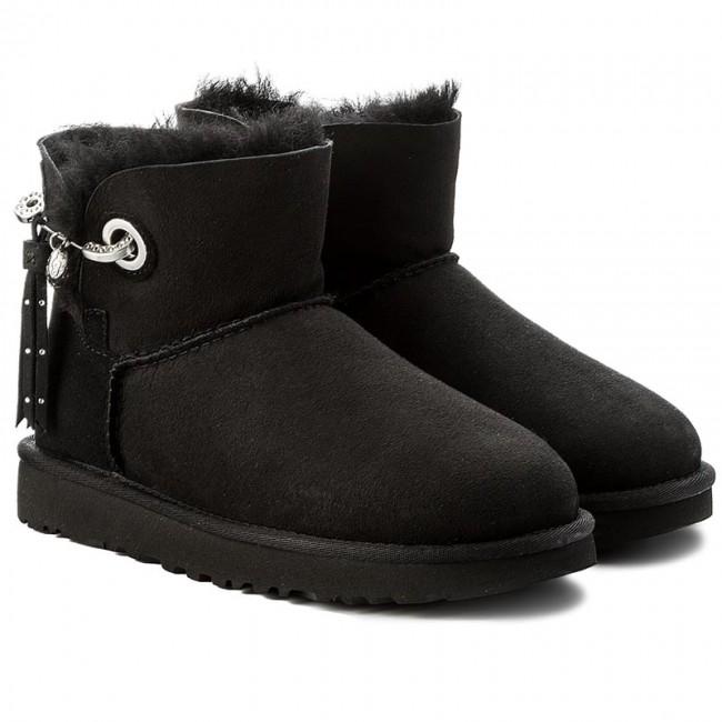 25298a87427 Shoes UGG - W Josey 1019627 W/Blk