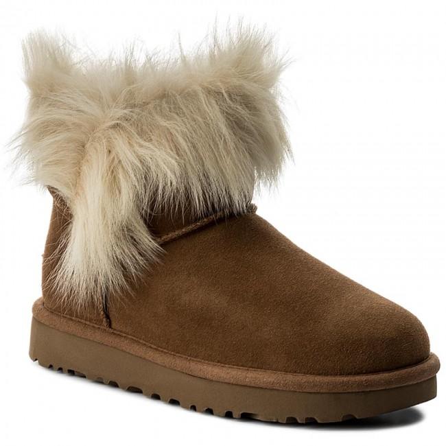 Schuhe UGG - W Milla 1018303 W/Blk DNrAf7FcA