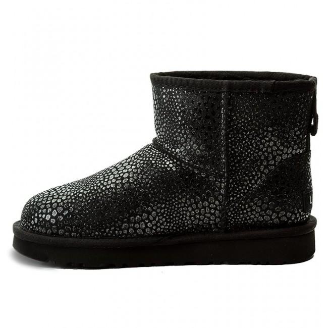 d58c2e13981 Shoes UGG - W Classic Mini Glitzy 1019637 W/Blk