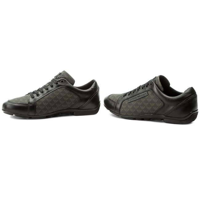 b89bac56153839 Sneakers EMPORIO ARMANI - X4C468 XL020 A792 Black Black Black