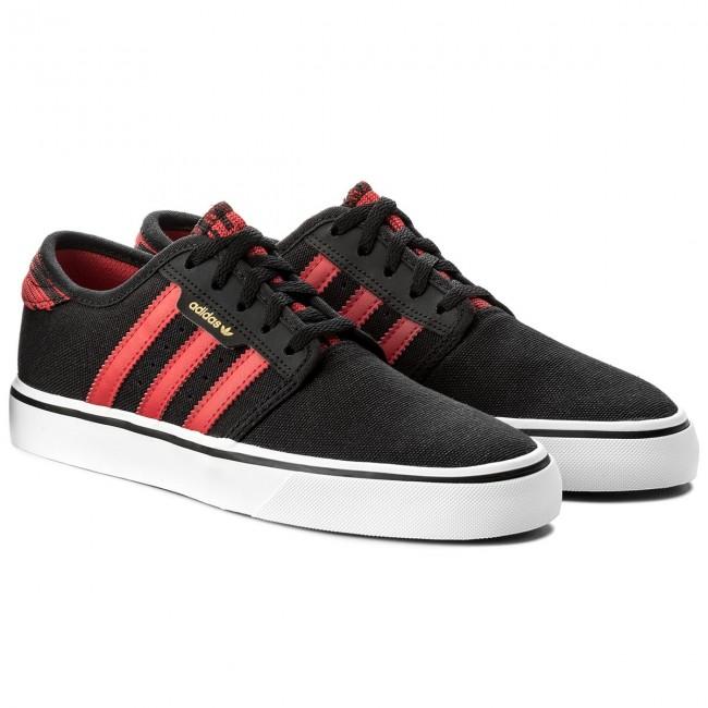 Chaussures adidas Seeley J CQ1181 CNoir Scarle Ftwwht Baskets Low