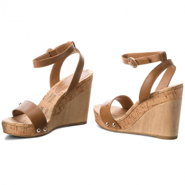 030032099 Sandals TOMMY HILFIGER - Iconic Elena Leather Straps FW0FW02097 Summer  Cognac 929