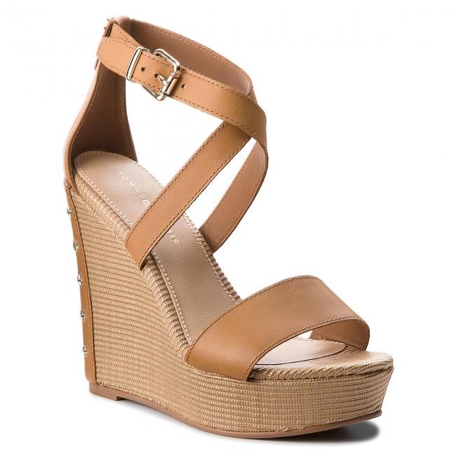 Sandals TOMMY HILFIGER. Feminine Wedge Sandal Stars Studs FW0FW02236 ... 51959f0b2e9