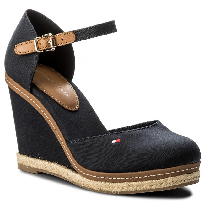 57233fb2a225dc Espadrilles TOMMY HILFIGER - Iconic Basic Closed Toe Wedge FW0FW02791  Midnight 403