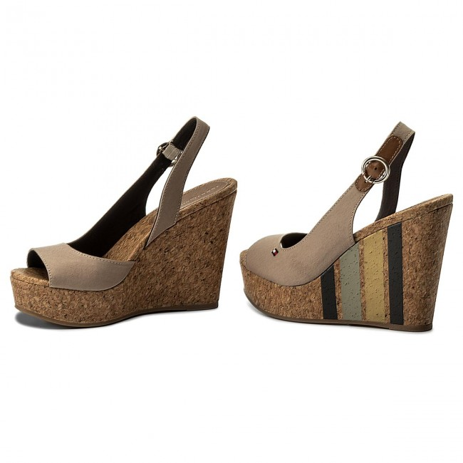 d0635526b7b1 Sandals TOMMY HILFIGER - Wedge With Printed Stripes FW0FW02794 Cobblestone  068