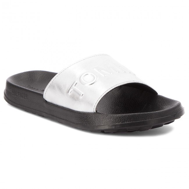 ff3243ba5 Slides TOMMY JEANS - Tj Metallic Pool Slide EN0EN00227 Silver 000 ...