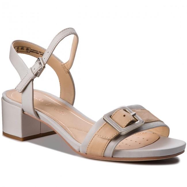 daf3d2e54219 Sandals CLARKS - Orabella Shine 261329204 Ice Blue - Casual sandals ...