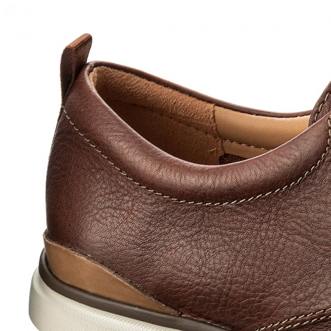 6aeca0880d0 Shoes CLARKS - Edgewood Mix 261337907 Mahogany Leather - Casual ...