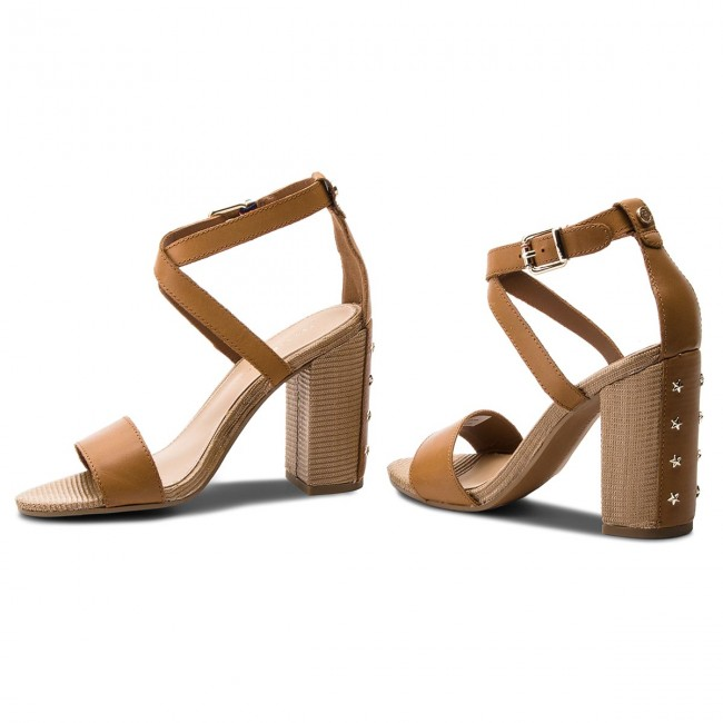 Sandalen TOMMY HILFIGER - Feminine Heel Sandal Star Stud FW0FW02235 Summer Cognac 929 gMpyHTZQv5