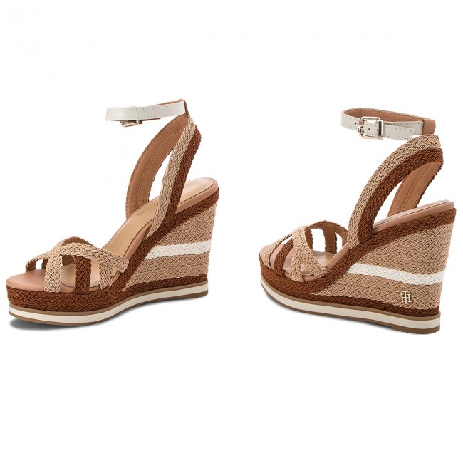 Sandals TOMMY HILFIGER - Wedge Sandal Sporty Outsole FW0FW02251 Whisper  White 121 ffbe18f8b2c