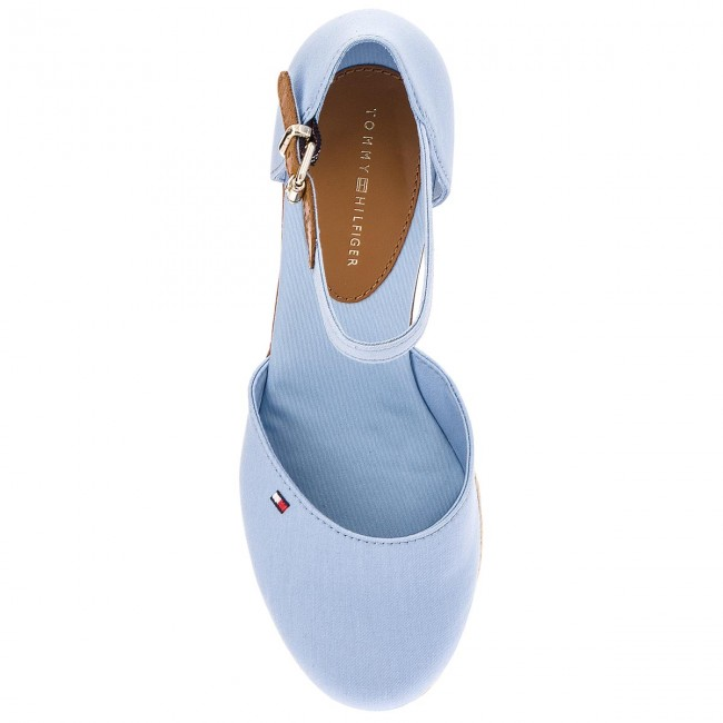 2ded239d43 Espadrilles TOMMY HILFIGER - Iconic Elba Basic Closed Toe FW0FW02838  Chambray Blue 407 - Espadrilles - Mules and sandals - Women s shoes -  www.efootwear.eu