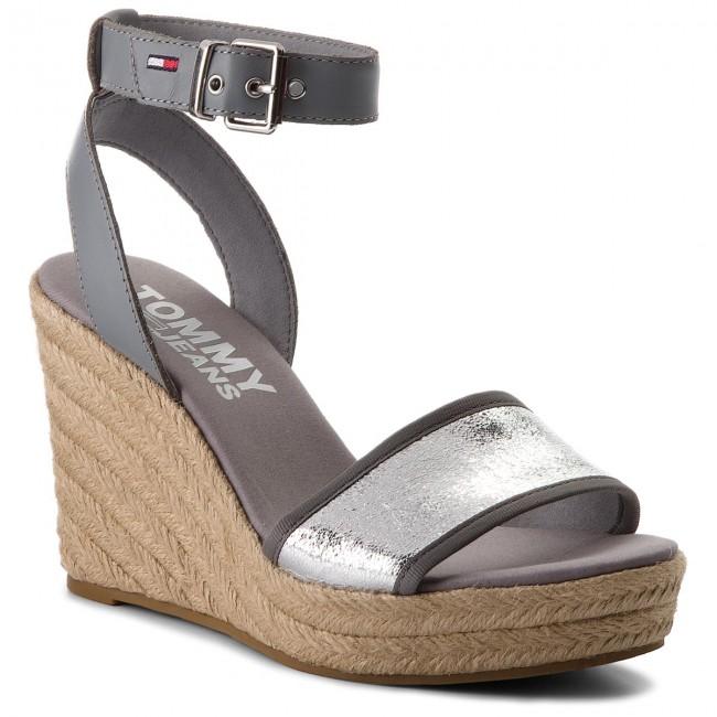 99331d9c9b4 Espadrilles TOMMY JEANS - Metallic Wedge Sandal EN0EN00236 Silver ...