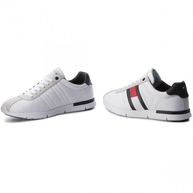 676239d8cdf Sneakers TOMMY HILFIGER - Retro Lightweight Sneaker FM0FM01329 White ...