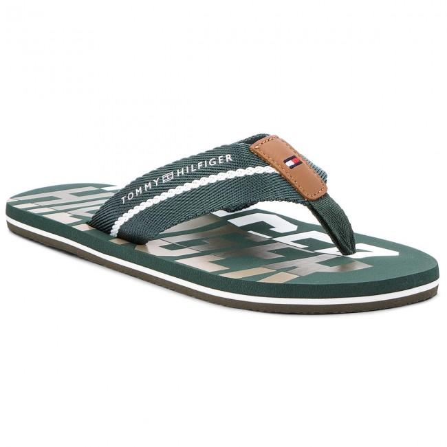 165caaeeb4f12c Slides TOMMY HILFIGER - Bold Hilfiger Beach Sandal FM0FM01367 Jungle Green  300