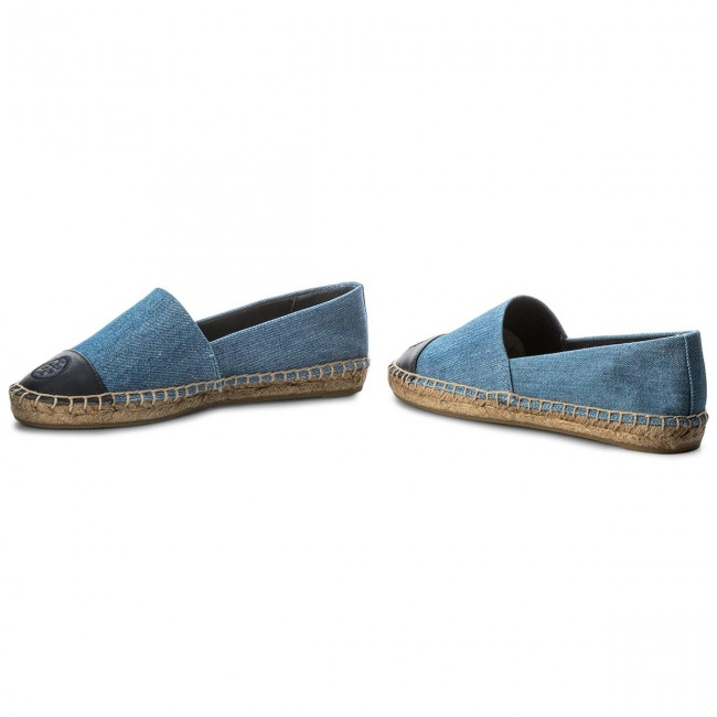 e216d902d6ac9 Espadrilles TORY BURCH - Color Block Flat Espadrille 46767 Denim  Chambray Perfect Navy 435