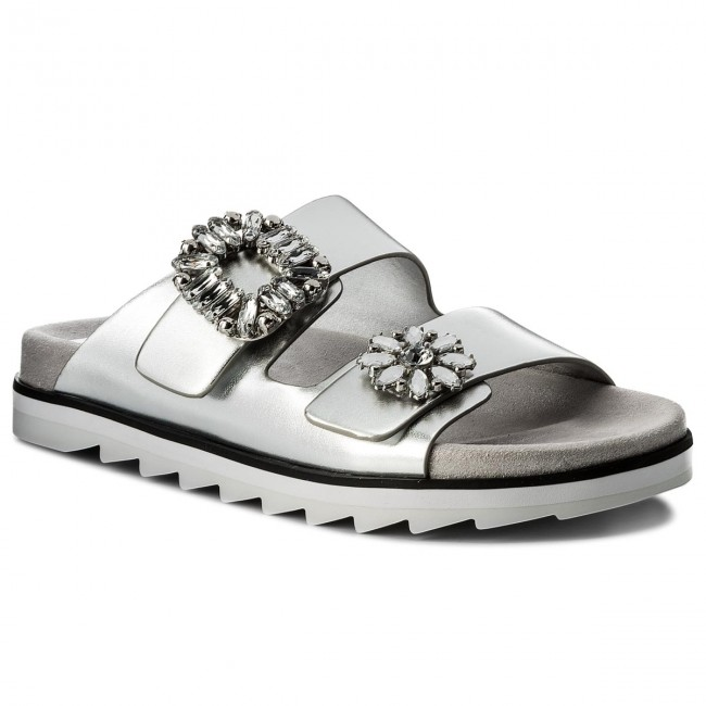 93667e727aa3 Slides guess cambrie lel silve casual mules jpg 650x650 Guess silver slides