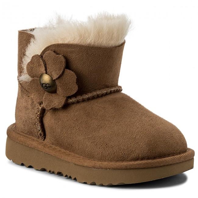 7259baea11 Shoes UGG - T Mini Bailey Button Poppy 1092387T T Che - Trekker ...