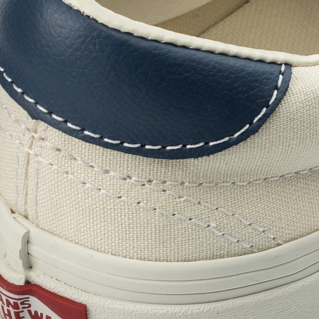 5a23bc1a504 Plimsolls VANS - Era 59 VN0A38FSQKK White Vintage Ind - Sneakers ...